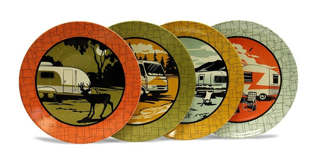 close up of the plates perfect for RV camping with pictures of RV campers at parks with wildlife and scenery.